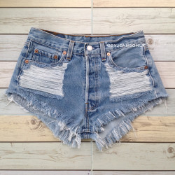 Heavy ripped Vintage levis...